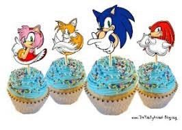 sonic the hedgehog cake topper follow link to free printable sonic cupcake toppers also a link
