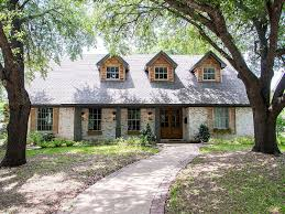 waco texas real estate chip and joanna gaines always wanted to see what those home renovations done by hgtv s