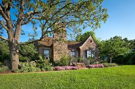 where do clintons live homes where the clintons have lived photos abc news