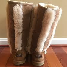 do womens ugg boots run big 71 ugg other ugg boots size 4 big 6 womens from