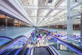 concourse d of dubai airport gets thumbs up emirates 24 7