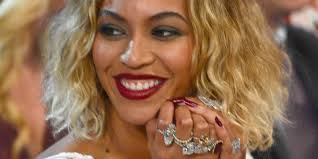 Beyonce Wedding Ring by Beyonce Wore Jewels Worth 10 Million For 2014 Grammys Photos
