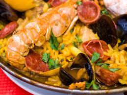 cuisine traditionnelle espagnole paella cuisine espagnole traditionnelle photographie ilolab