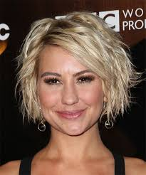who cuts chelsea kane s hair chelsea kane medium wavy casual hairstyle light blonde