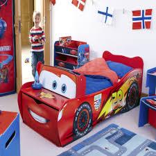 chambre cars disney idal pour vos enfants le lit cars disney à chambre cars cincinnatibtc