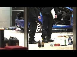siege auto allemand allemagne il fonce avec sa voiture contre le siège du spd