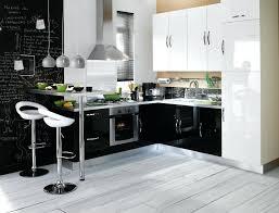 cuisine noir laqué pas cher meuble de cuisine noir pas cher cuisine equipee en bois pas cher