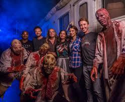 universal studios orlando halloween horror nights 2016 amc u0027s the walking dead cast and greg nicotero visit halloween