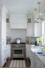 what is the best shape for a kitchen kitchen confidential pros and cons of 3 popular layouts