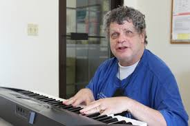 Blind Piano Player Blind Musician Overcomes Loss And Lives His Dream