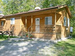 Cottages In Niagara Falls by Accommodations Yogi Bear Cottages Jellystone Park Niagara Falls