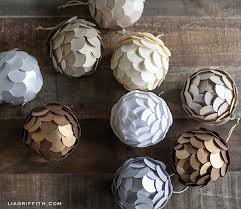 diy metallic paper ornament for your tree