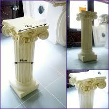 decoration en platre staff dacoration votre inspirations avec colonne en platre pour