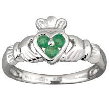 claddagh rings meaning claddagh ring meaning
