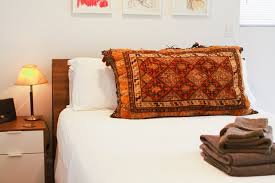 Guest Bed Small Space - 10 ways to accommodate guests in a small space apartment therapy