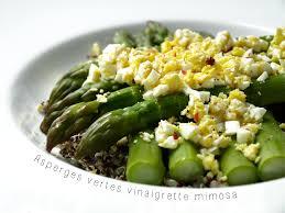 cuisiner asperge verte asperges vertes vinaigrette à l oeuf mimosa cookismo recettes