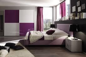 modernes haus modernes haus wohnzimmer grau lila streichen