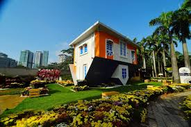 there s an upside down house at kl tower