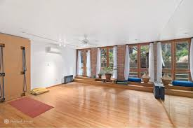 Home Gym Studio Design Classic Chelsea Townhouse With Loft Like Appeal Yoga Studio Seeks