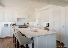 cuisine blanche classique cuisine classique blanche fabulous armoire with cuisine classique