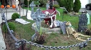 outdoor halloween decorating ideas kitchentoday best 20 yard haunt ideas on pinterest halloween graveyard cheap
