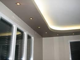 faux plafond cuisine idée faux plafond dans la cuisine déco plafond platre