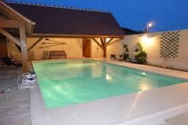 chambre avec piscine chambres d hôtes de charme à cravant en bourgogne avec piscine