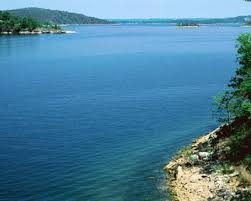 table rock lake missouri look at that blue water picture of table rock lake missouri