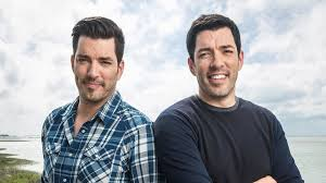 jonathan and drew scott drew and jonathan scott threw their parents a surprise vow renewal