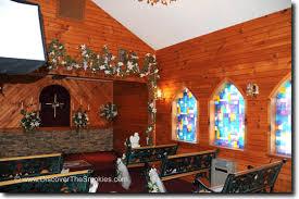 wedding chapels in pigeon forge tn wedding bell chapel pigeon forge peek inside photo 2 enlarged