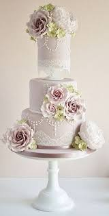 lace and pearls vintage wedding cakes funny wedding media