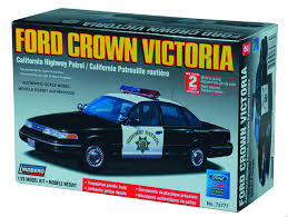 amazon com lindberg 1 25 scale ford crown victoria california
