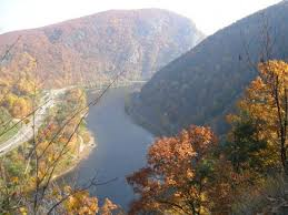 Delaware mountains images Deleware water gap from pa side in fall picture of delaware jpg
