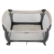 Graco Pack N Play Bassinet Changing Table by Graco Bassinett Getpaidforphotos Com