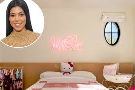 kourtney kardashian bedroom kourtney kardashian tour penelope s room celebuzz