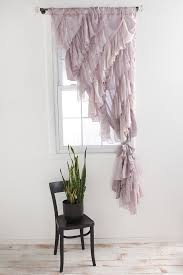 Little Girls Bedroom Curtains 25 Best Ruffled Curtains Ideas On Pinterest Ruffle Curtains
