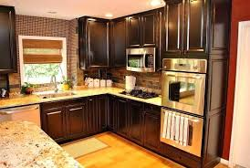 kitchen cabinet and wall color combinations kitchen cabinets color combination frequent flyer miles