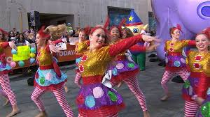 macy s thanksgiving day parade takes the plaza today