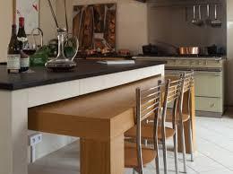 ilot cuisine avec table cuisine avec ilot central et table décorétonnant ilot cuisine table