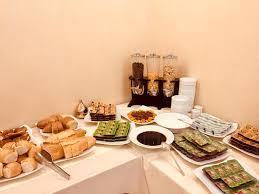 deluxe cuisine deluxe newport hotel อ สต นบ ล ต รก booking com