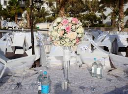 wedding flowers dubai 67 best wedding flowers by the flowerful project images on