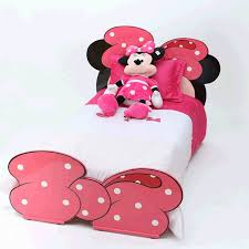 chambre minnie mouse chambre junior minnie mouse