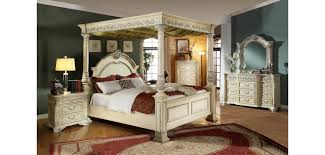 Girls Canopy Bedroom Sets Sienna Canopy Bedroom Set In Antique White Finish Pretty