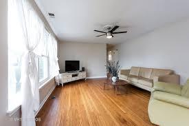 Monticello Laminate Flooring View Property 8710 Monticello Avenue Skokie Il 60076 Debra