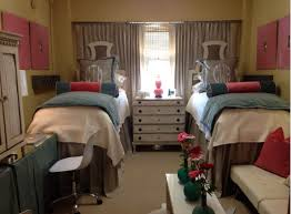 Dorm Interior Design by Ole Miss Dorm Room Goes Viral With Amazing Design Makeover Today Com