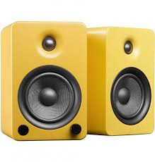 Bookshelf Powered Speakers Kanto Yu5 Powered Bookshelf Speakers With Bluetooth Technology