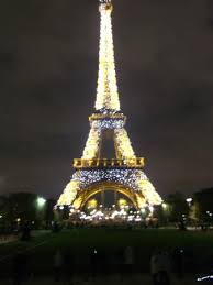 eiffel tower christmas lights eiffel tower christmas lights picture of eiffel tower paris