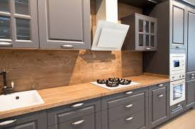 what color compliments gray cabinets the best hardware to use for grey shaker cabinets best