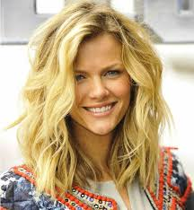 hairstyles layered medium length for over 40 medium layered wavy hairstyle with shaggy look ideas and quite