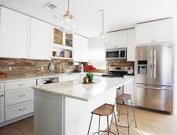 fliesenspiegel k che verkleiden küchenrückwand aus holz statt fliesenspiegel 20 ideen und tipps